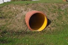 tunel skozi hrib